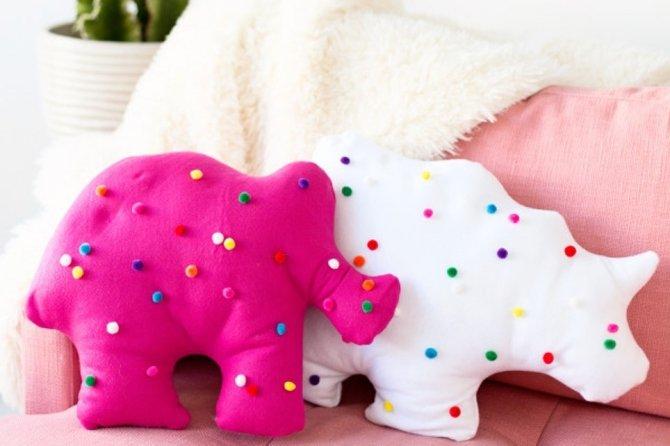 Як зробити подушку своїми руками  Веселий зоопарк 0ad1d3cad578a