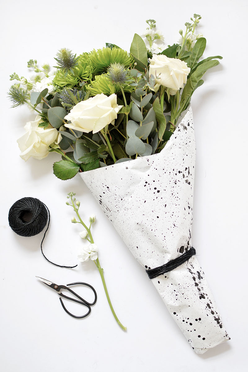 easy ways to wrap flowers