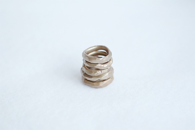 Faux-Gold-Hammered-Rings-Fall-For-DIY-tutorialол